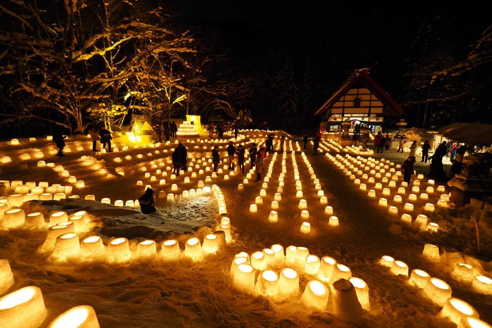 定山渓神社で「雪灯路」