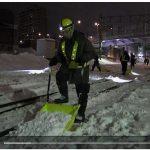 鉄路除雪、頼りは手作業 極寒の深夜4時間半 対策費約50億円 人材も不足