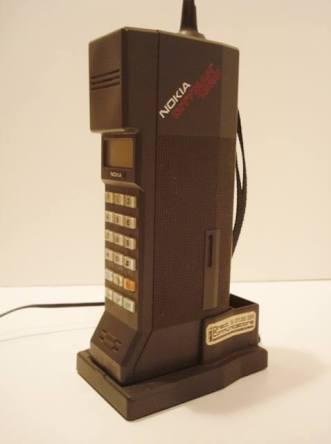平成初期の携帯電話