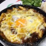 【10分カレー】エリンギをギーで炒めてサバ味噌煮込み缶&卵チーズ