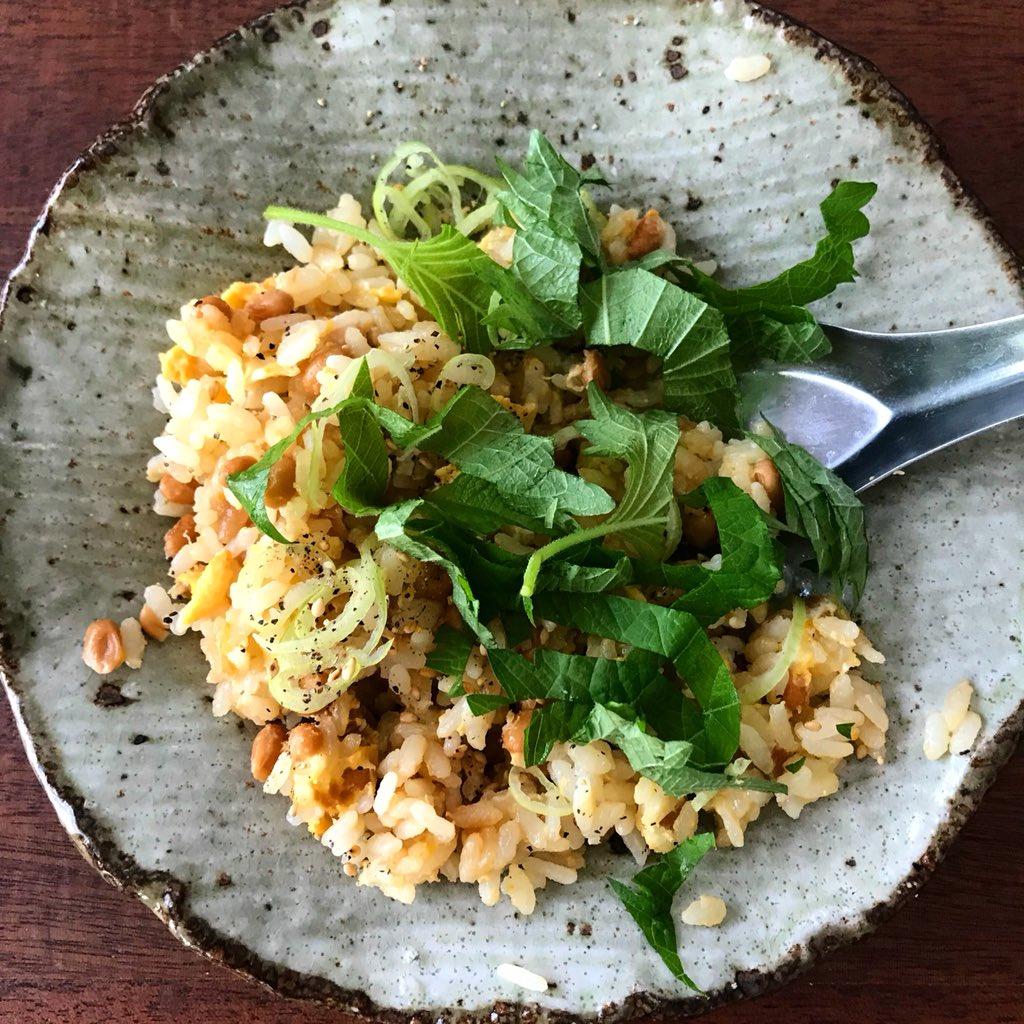 【5分で完成】レンジで簡単 納豆チャーハン風ご飯