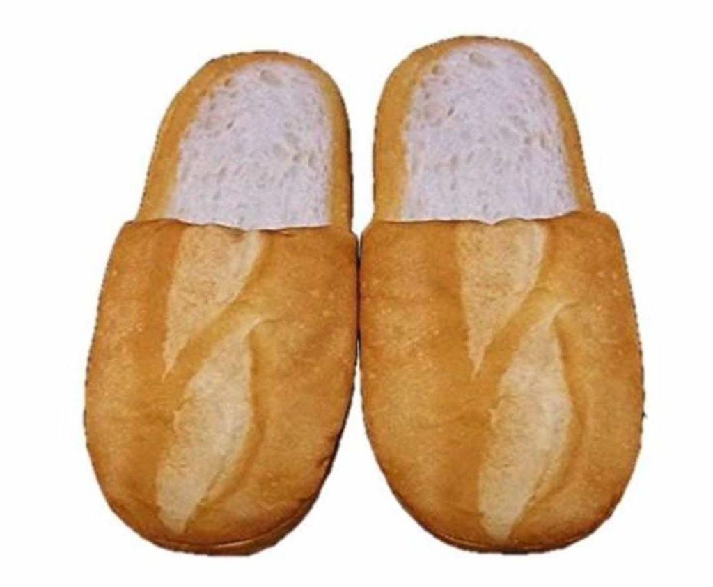 まるでパンみたいなスリッパ
