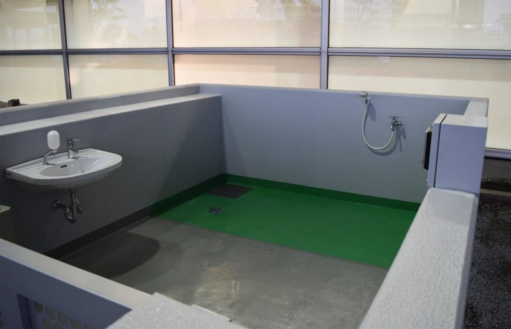 福岡空港国際線ターミナル1階に「補助犬用トイレ」