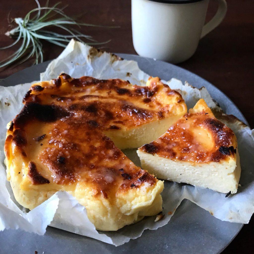 レンジ&トースターで 話題のバスク風チーズケーキ