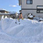 巨大なトトロの雪像