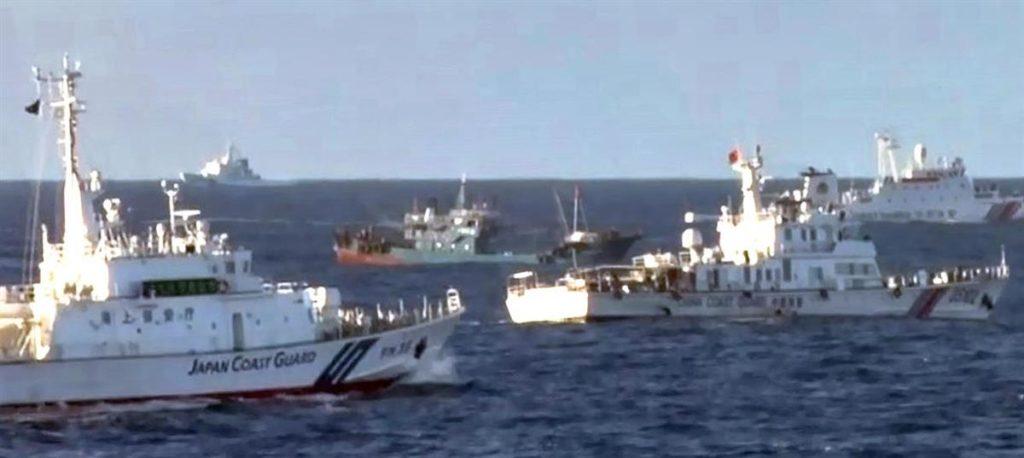 中国、漁船群の尖閣領海侵入を予告「日本に止める資格ない」