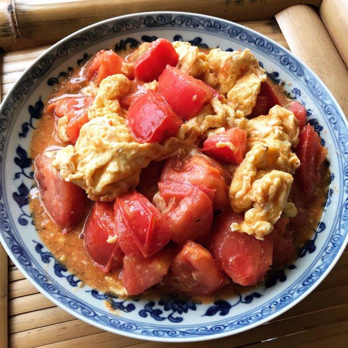 夏のトマトの旨さを語るには「西紅柿炒蛋(トマトの卵炒め)」