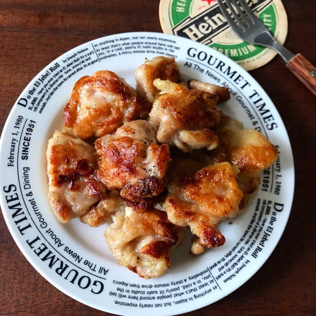 鶏がらスープの素で焼く旨味チキン
