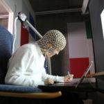 若者も子どもも、タイピングより手書きのほうが、脳活動が活発に